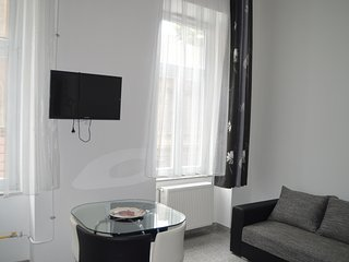 Happy Holiday Lux apartment  the center Budapest3, Boedapest