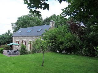 La Fermette, stone cottage with beams, fireplace and oodles of charm.