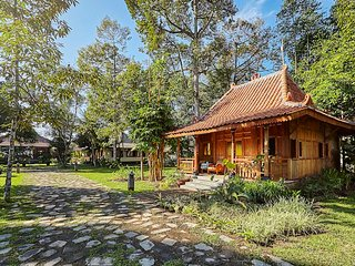 HOME Bungalow Village near Borobudur Temple