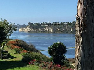 Newport Beach, Incredible Back-Bay Water Views
