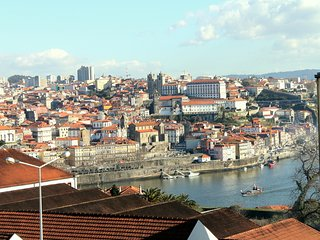 2bedroom2 bath, Balcony river view, Port Wine area, Vila Nova de Gaia