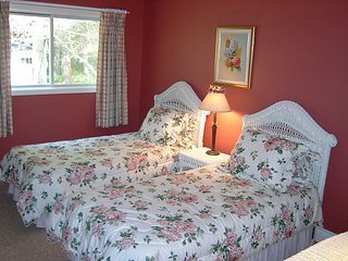 Swallowdale Inn - Rose Room, Huntsville