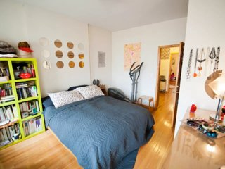 Arty Greenpoint, Brooklyn apartment