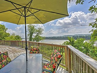 'River House' Unique 4BR Vevay Escape w/Water View!