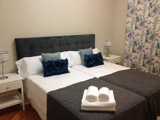 Stay At Home Madrid Apartments - calle Toledo 25