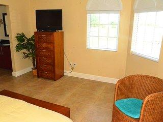 Divi Deluxe Golf Two-bedroom condo - DR39, Oranjestad