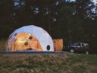 Magical Dome with Incredible Mountain views, Asheville