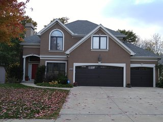 Beautiful Kansas City North 4 Bedroom Home