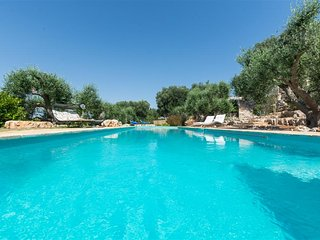 Trullo Tunine, Classic Collection, with pool in Puglia | Raro Villas, Ostuni