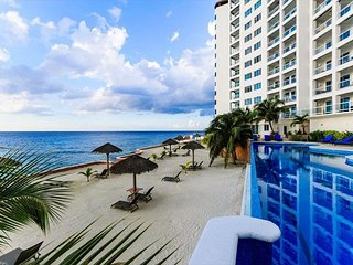 Peninsula Grand Condo- Unit A1- 3BR for 6 guests, Cozumel