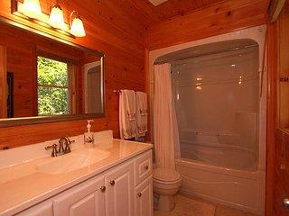 Whitestone Lake Gem cottage (#1097)