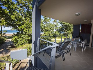 Beach House Apartment No 7 - Patio and Stairs to Beach Path