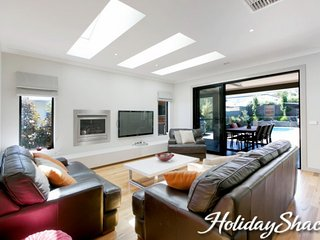 Rutland Beach House - Luxury Mount Eliza Retreat