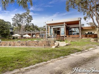 Royston Villa - Luxury Mount Eliza Retreat, Mt Eliza