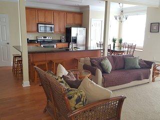 Large Ocean Block Townhomes 4 bedroom, 3.5 bath