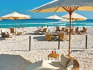 All inclusive-Sleeps 8 special offer dec 24-dec 31 : $5000, Cancún