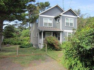 TIDAL POOL BEACH HOUSE - Newport
