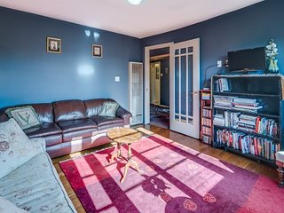 Furnished 1-Bedroom Apartment at Dearborn St & Bird St San Francisco