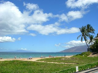 Kihei Kai Nani #218 Awesome Condo-Ocean View + Mt