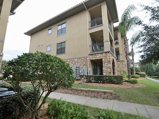 Bella Piazza - A beautiful 3 Bedroom 3 Bath Condo, Davenport