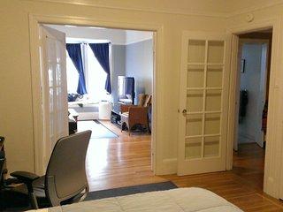 Furnished 1-Bedroom Condo at Octavia St & Francisco St San Francisco
