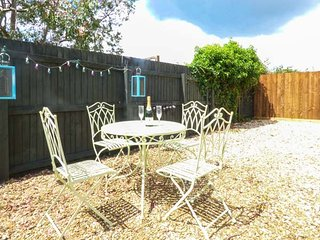 MENDIP VIEW, single-storey, off road parking, enclosed gravelled courtyard, in