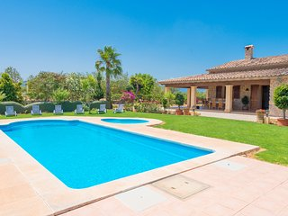 ARRELS - Villa for 6 people in sa pobla, Sa Pobla