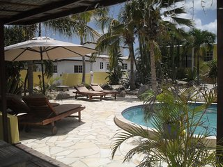 Sero Biento Apartments Aruba, with pool and WiFi, Oranjestad