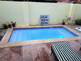 CASA DORA, comfy bungalow with pool & close2beach., Noord