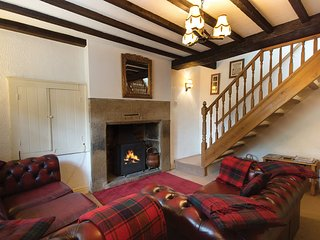 PK614 Cottage in Bakewell