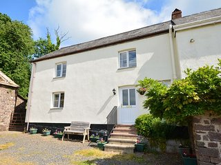 DARTG Cottage in Chulmleigh, North Tawton