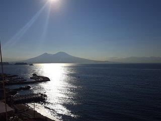 Camera vista mare, Nápoles