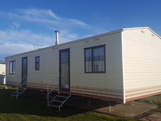 Rebecca Caravan Park Resorts opposite sandy Beach, Carrossage