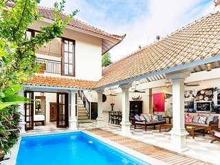2 Bedroom Tropical Paradise Villa, Seminyak>