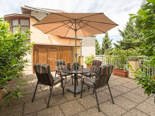 VIENNAFAVORITE 2 CITY STUDIO, TERRACE/GARDEN, also equipped for LONG TERM RETALS