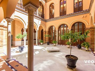 Pajaritos 4 Terrace. 2 bedrooms, private terrace, Sevilla