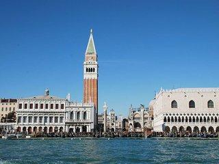 TOM, Venecia