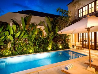 2 Bedroom Villa 5 mins to Seminyak Square>