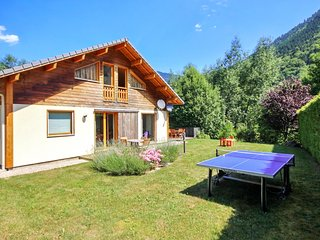 Stunning chalet in the Alps with views, Saint Jean d'Aulps