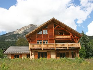 Luxurious Alpine Chalet, Vallouise