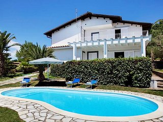 VILLA ALDO, Nice location and Private pool