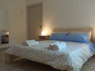 La prima camera matrimoniale dove è possibile aggiungere un terzo letto se gli ospiti sono 5