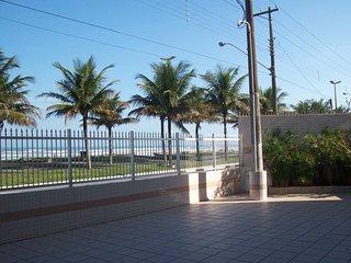 Apartamento com 2 dormitórios pertinho da praia, Praia Grande
