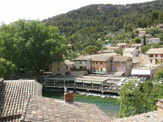 Haven of Peace, Magnificent Views, Artist's Dream, Fontaine de Vaucluse
