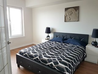 Furnished 1 BR Luxury Suite - Rideau Canal (1a)
