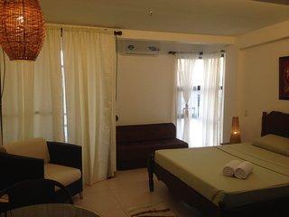 Cozy Studio Unit - 1 min to White Beach, Boracay