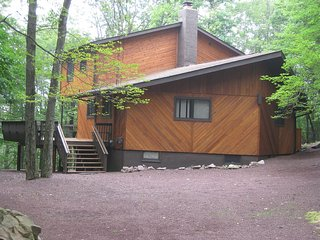 4 BR and 2 Bath Pocono Home