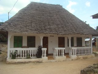 NEW SAFINA BEACH BUNGALOW NUNGWI KING TRIPLE, Nungwi