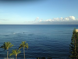 RK1004 Studio Home, Oceanview FREE Wi-Fi & Parking, Lahaina