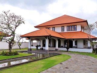 4 BR Narooma Villa